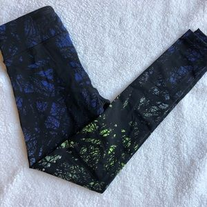NIKE XS Running Tights in Forest